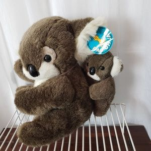 Koala Plush With Baby Koala Pao Chuan